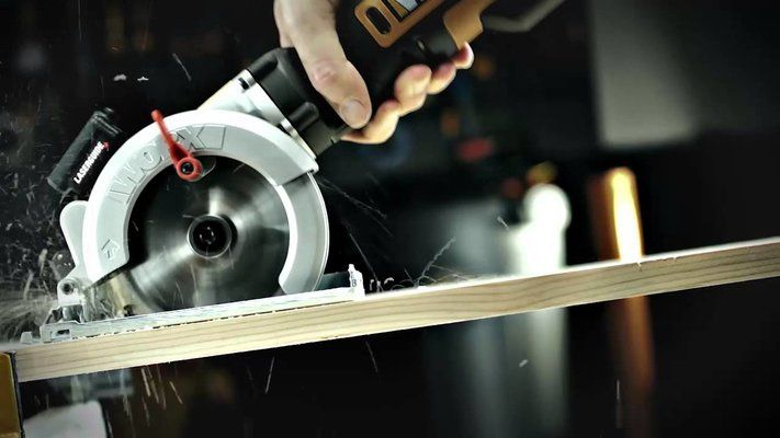 Mini Circular Saws UK | Small & Compact