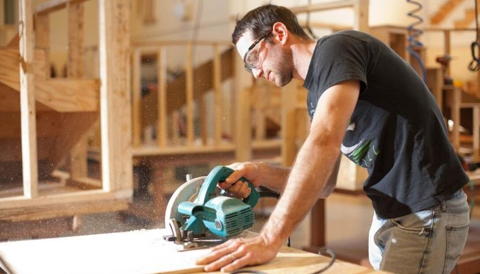 Must Have Power Tools For Woodworkers