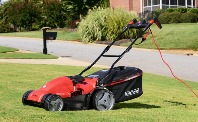 Best Corded Lawn Mowers – UK Reviews