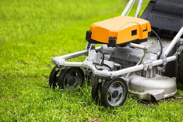 Front-Wheeled Self-Drive Mower