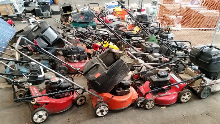 How to Dispose of Old Lawn Mowers?