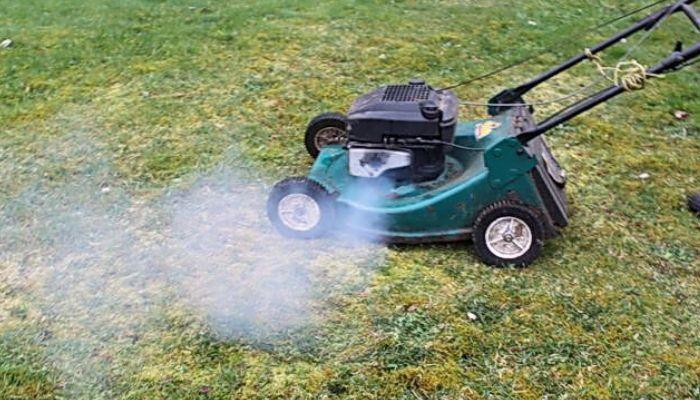 lawn mower smoke