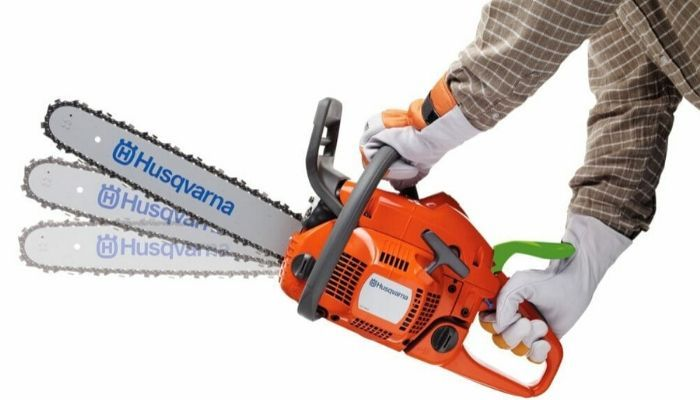 Safety Procedures for Using a Chain saw