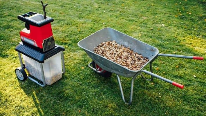 Best Garden Shredders UK (Reviews 2020)