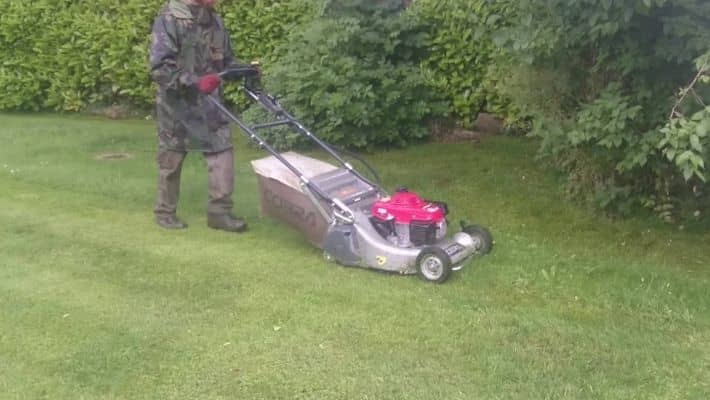 Lawn Mower Left in Rain Won't Start- What To Do?