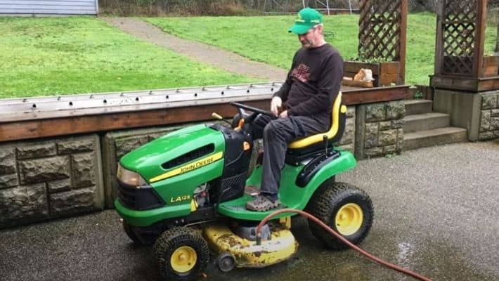 Tips For Washing Your Riding Mower